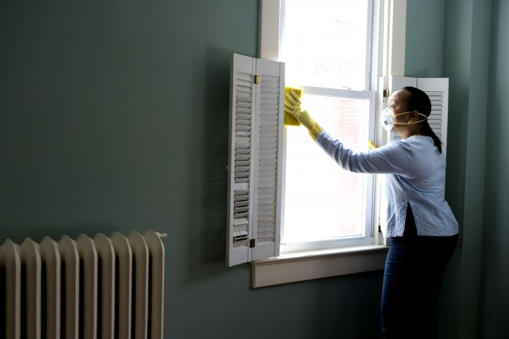 wipe out dust to improve indoor air quality